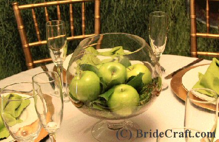 Create A Delicious Apple Centerpiece For Your Wedding