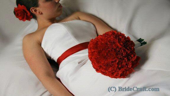 carnation_bouquet_bride.jpg