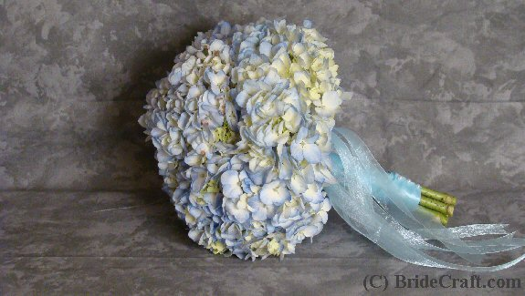 Step 13 And now you have a very quick soft and fluffy hydrangea bridal