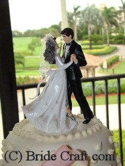 bride groom figures